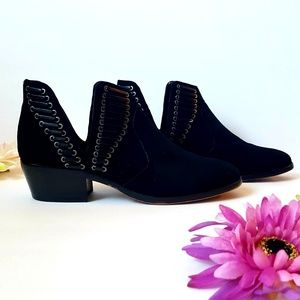 Vince Camuto Shoes - Vince Camuto Black Ankle Booties